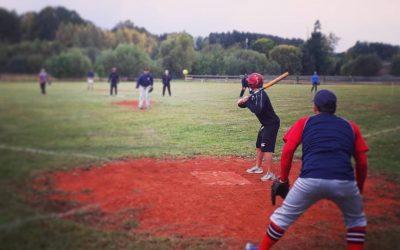 Baseball mit den Red Devils